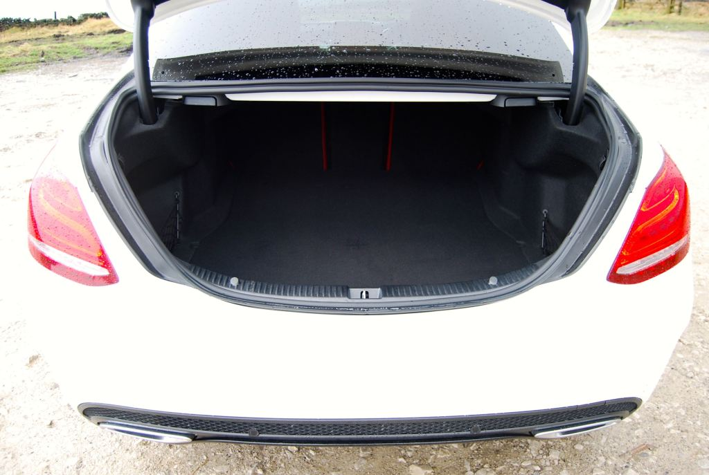 mercedes c-class boot trunk