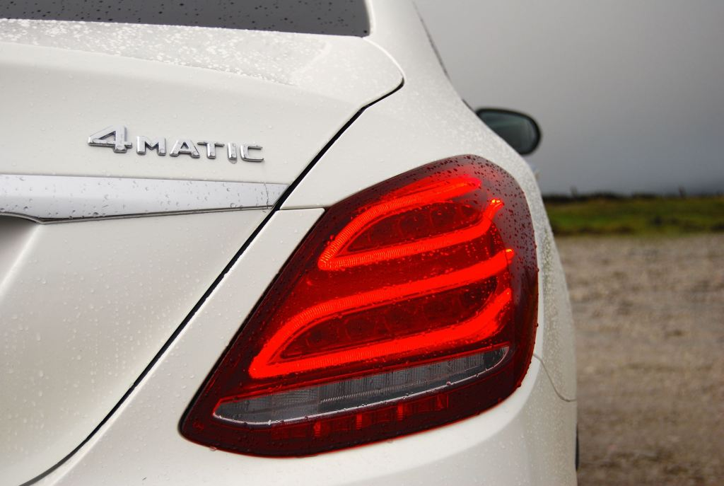 mercedes c-class rear light