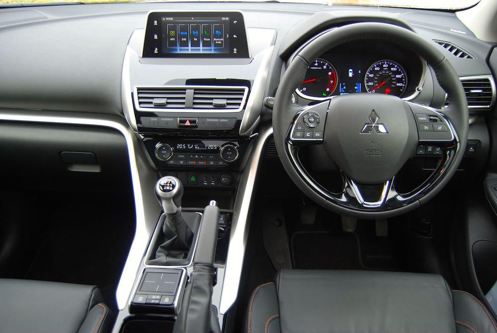 Mitsubishi Eclipse Cross dashboard