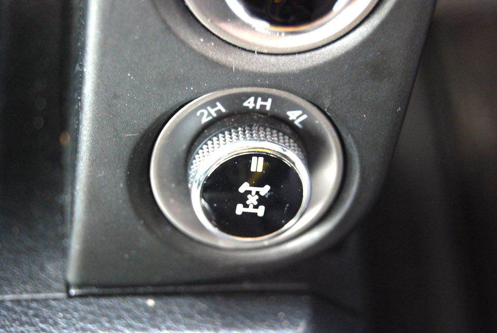 ssangyong musso 4wd dial
