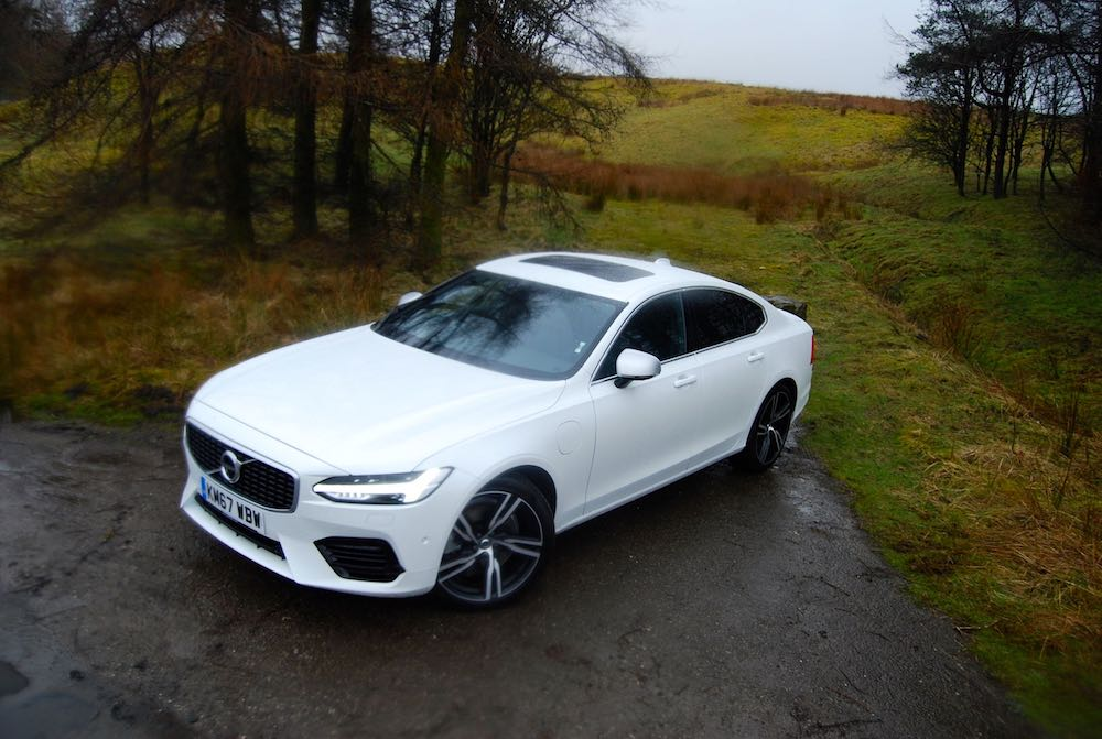 volvo s90 t8 white front side high