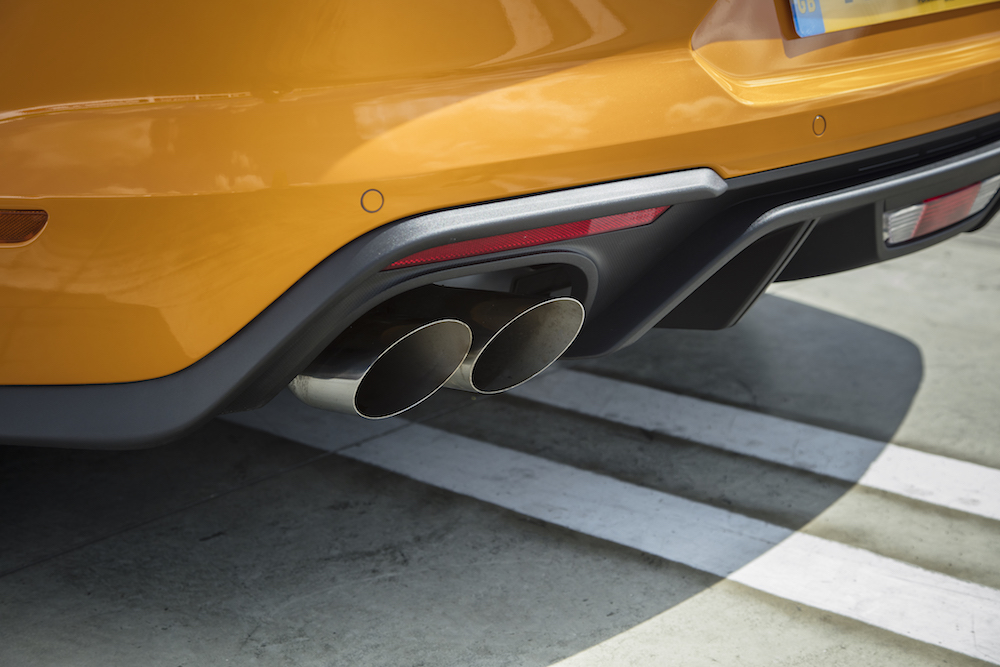 2018 Ford Mustang quad exhausts