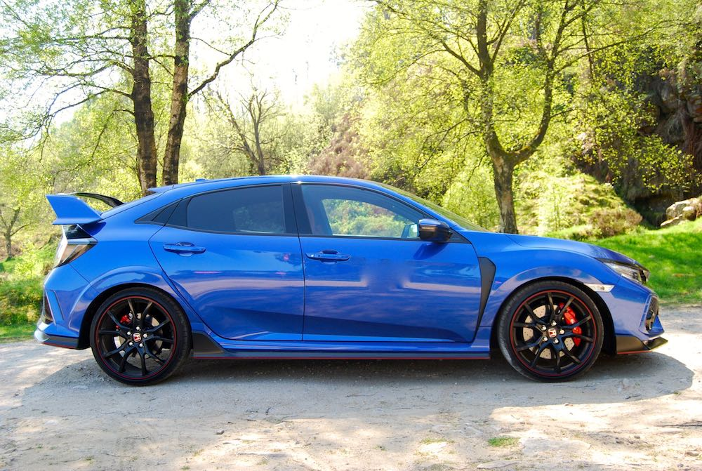 Civic Type R blue side