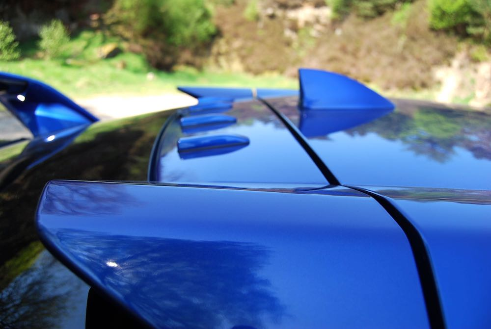 civic type r roof fins blue