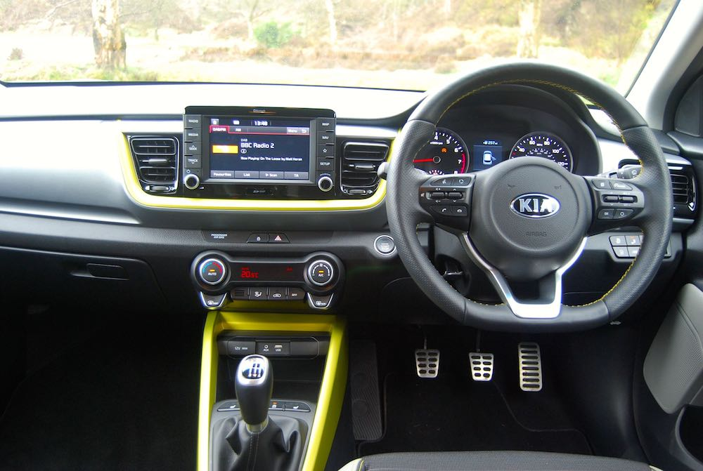 kia stonic dashboard cockpit