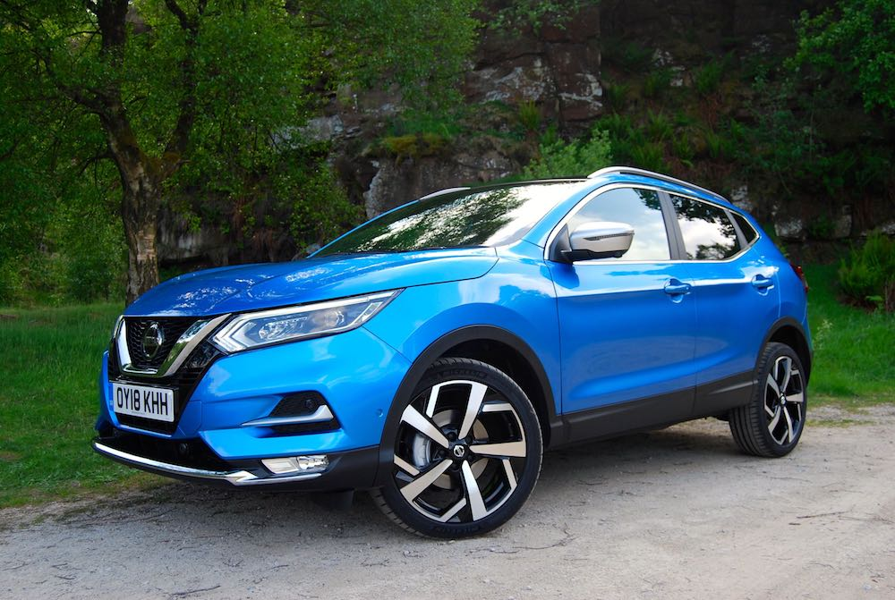 2018 nissan qashqai pilot one blue front side