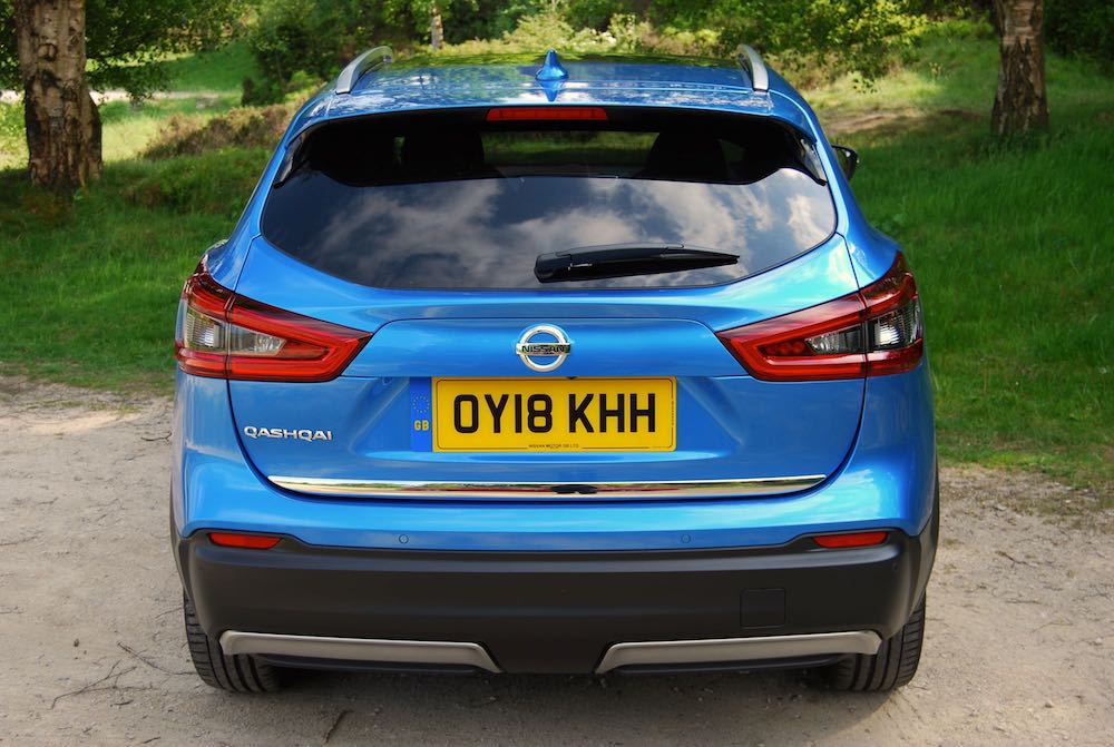 new nissan qashqai blue rear 2018