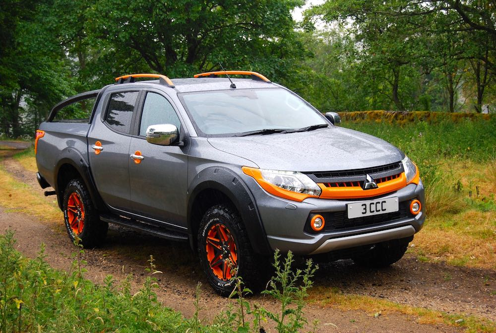 mitsubishi l200 barbarian svp 2 front side grey