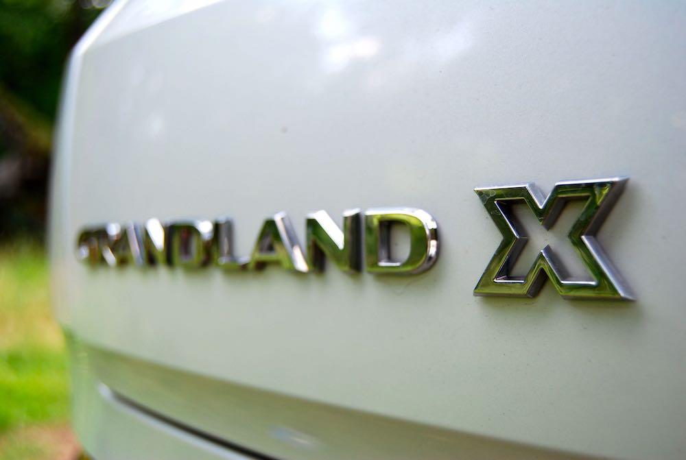 vauxhall grandland x badge