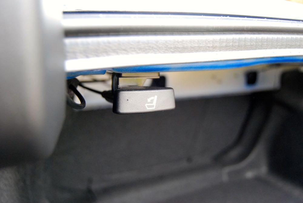 honda civic 4 door seat pull review roadtest