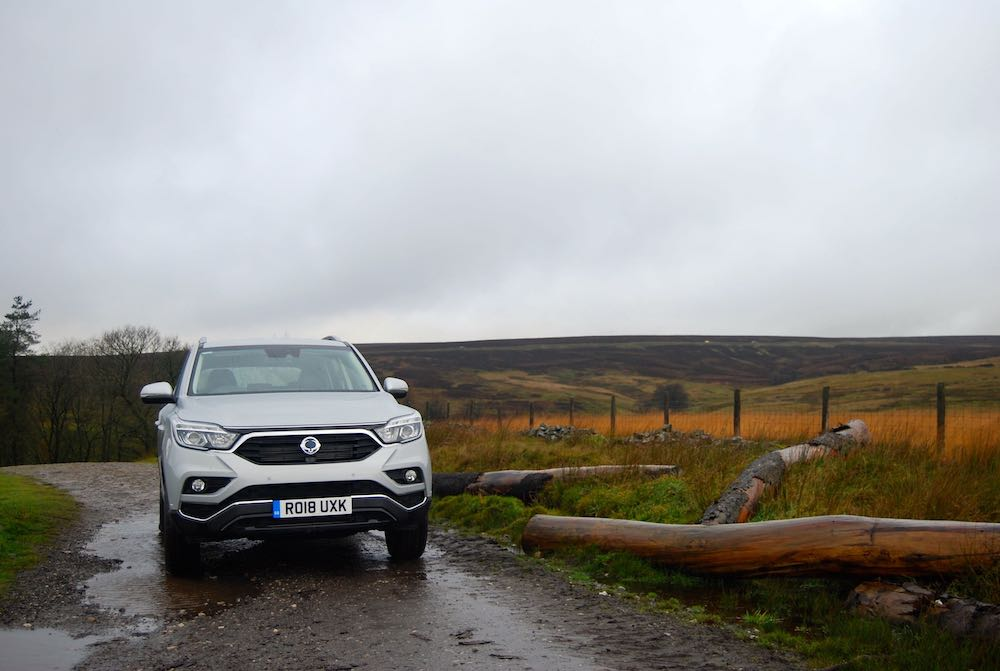 ssangyong rexton silver front off road review