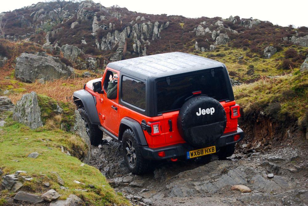 2019 jeep wrangler jl 3 door rubicon red rear rock crawl