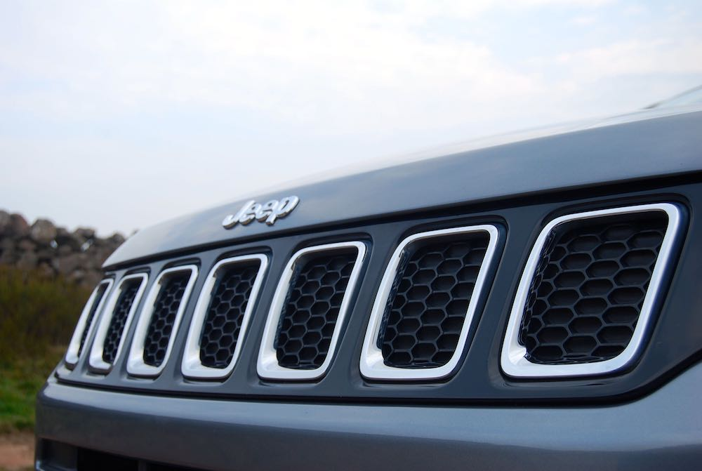 2019 jeep compass 7 slot grille grey review roadtest
