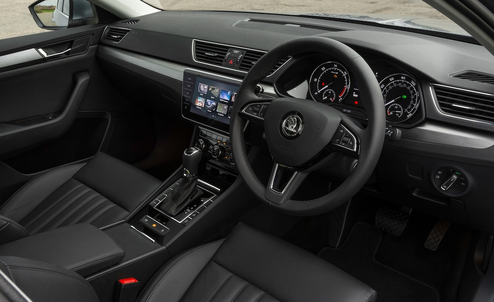 2019 skoda superb hatch cabin interior review roadtest