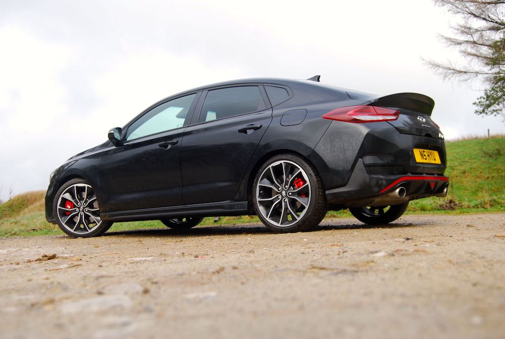 hyundai i30 fastback n black review roadtest side rear