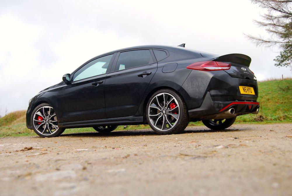 hyundai i30 fastback n black review roadtest side rear