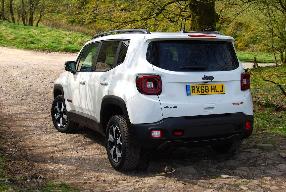 2019 Jeep Renegade Trailhawk white rear side review roadtest off road