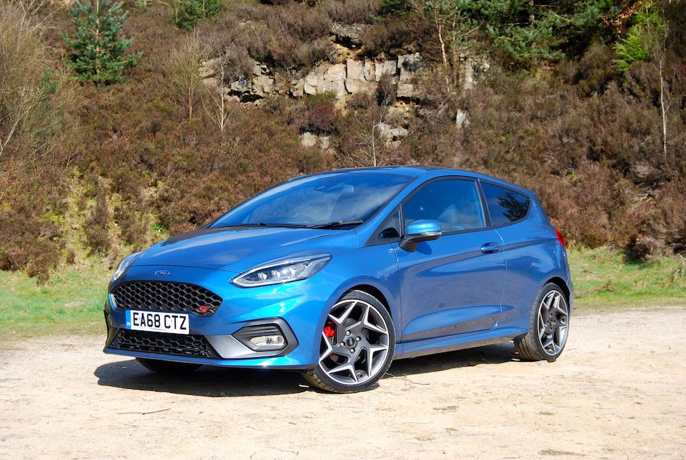 2019 ford fiesta st blue front side review roadtest