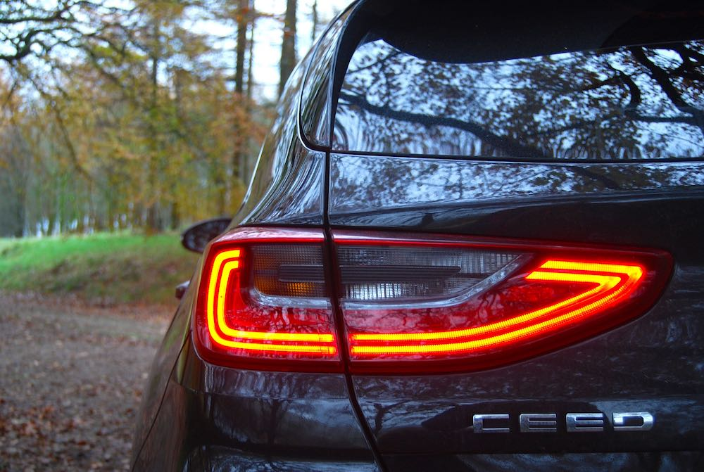 2019 kia ceed gt line rear light review roadtest