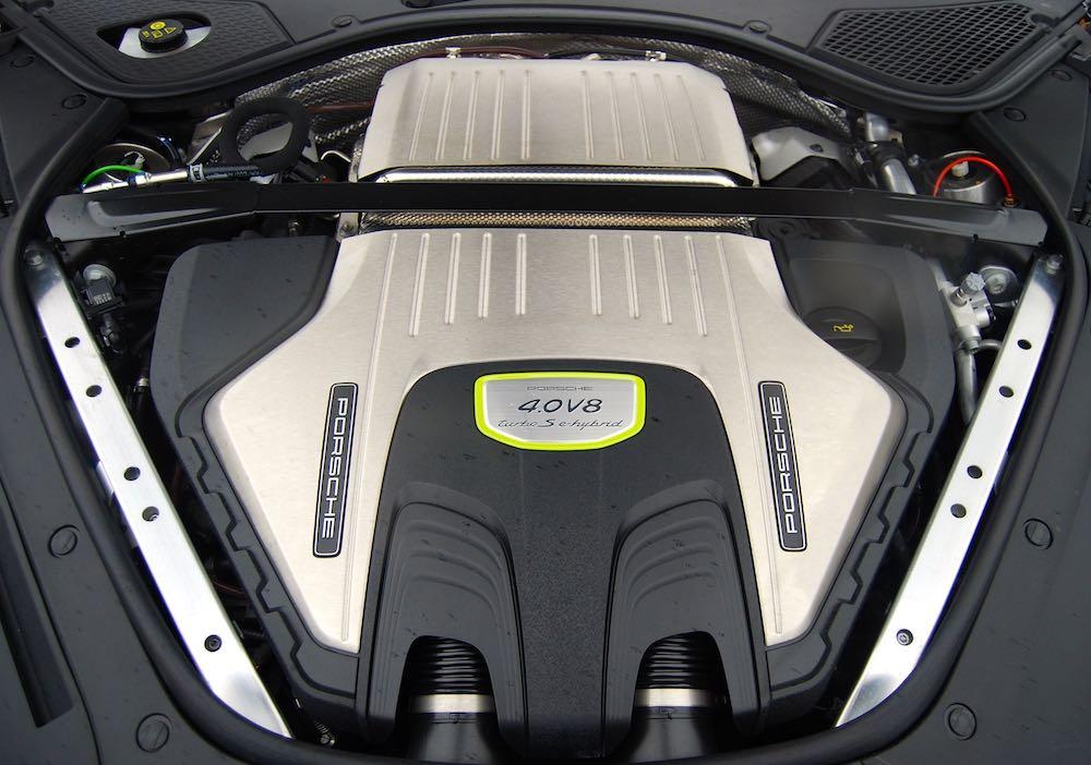 porsche panamera turbo s e-hybrid sport turismo 4.0 v8 review