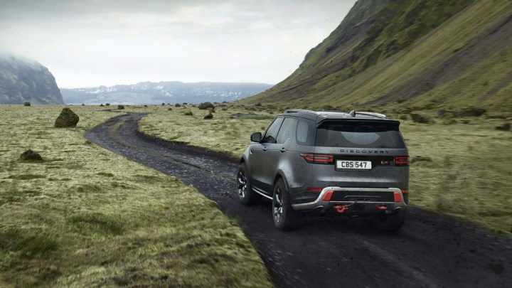 5 Best Crossover SUVs for Towing Camper Trailers