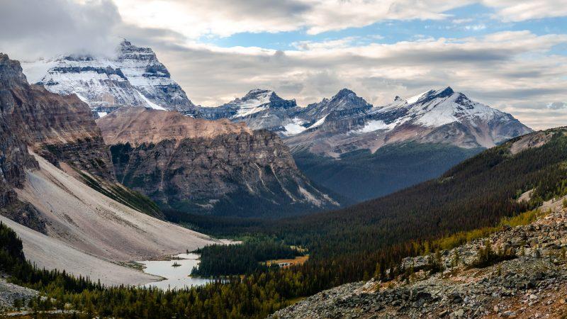 Wild landscape mountain range view, Banff national park, Alberta, Canada
