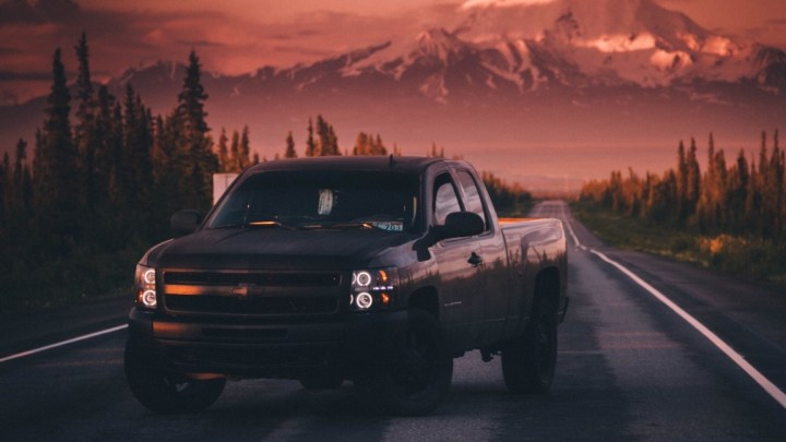 Can a Chevy Avalanche Tow an RV Camper?