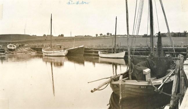 Bogø Havn 1940'erne måske - kvase - måske x