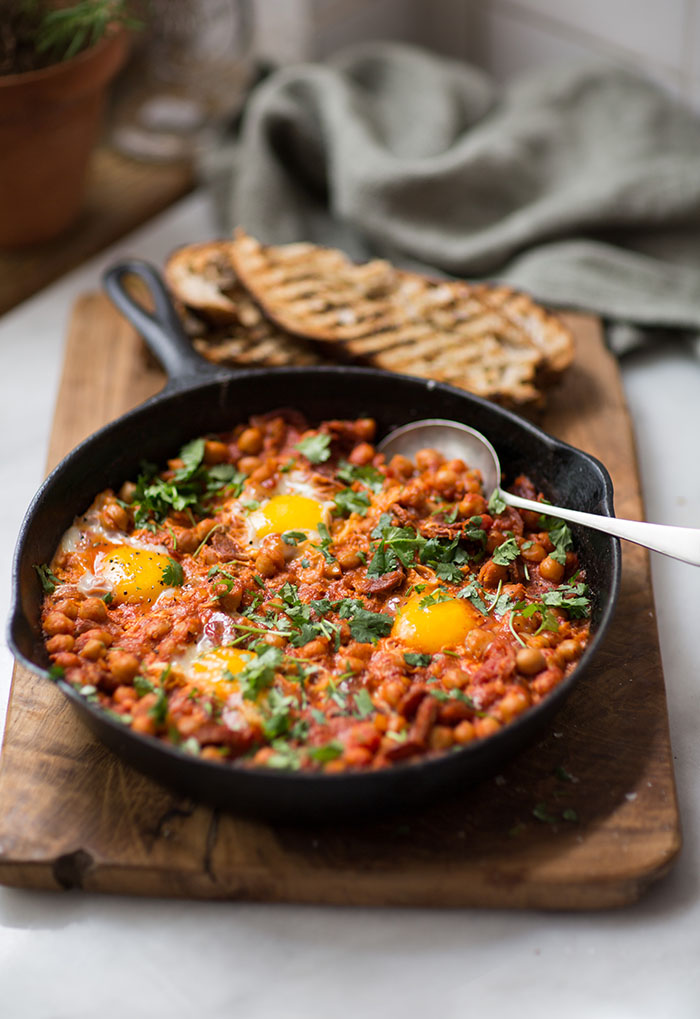 chickpea and chorizo shakshuka