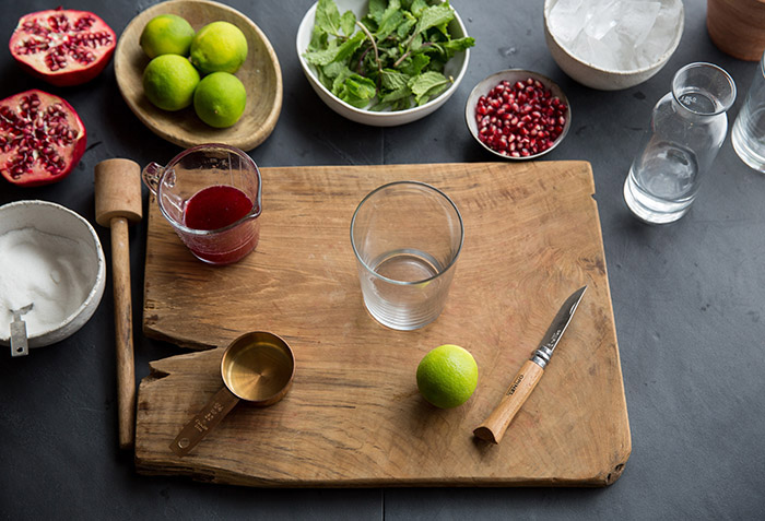 How to make a pomegranate mojito