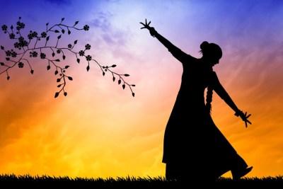 bigstock-Indian-Dance-At-Sunset-65471419-min-968x645