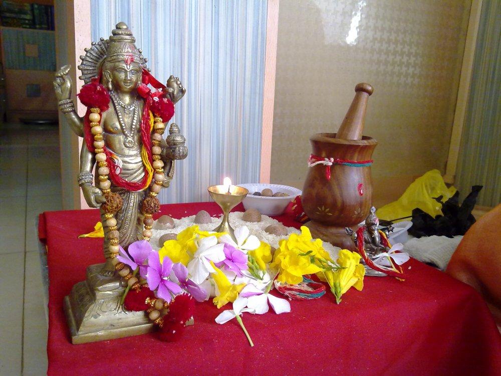 Lord Dhanvantari - God Of Ayurveda (2/2)