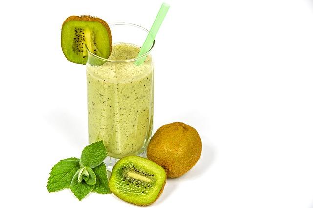 kiwi-coctail-1447939_640 Vitamina E: Conheça os 8 Benefícios para a Sua Saúde