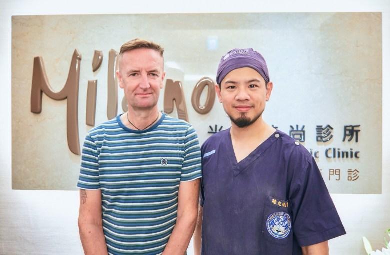 外國人植髮 微創植髮專家陳克剛醫師案例分享 植髮手術後七個月合照
