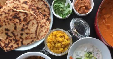 Naanbrød med hvidløg Naan brød opskrift hjemmelavede indiske brød opskrift på