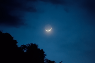 6068 101015 moonrise