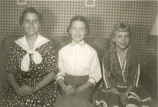Mary Ann, Sheila, Jean with braids in CO0001