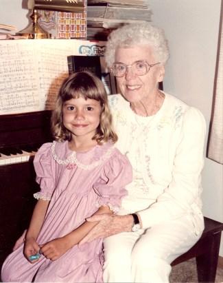Grandma & Emily 19920001