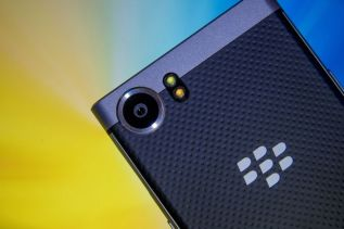 Blackberry Mercury To Feature the Same Camera as Google Pixel's 2