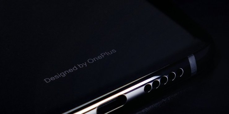 OnePlus 6T doesn't have a headphone jack