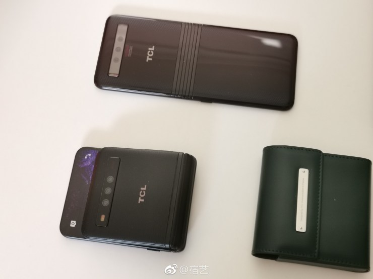 Here is our first look at the Foldable Phone(s) from TCL 4