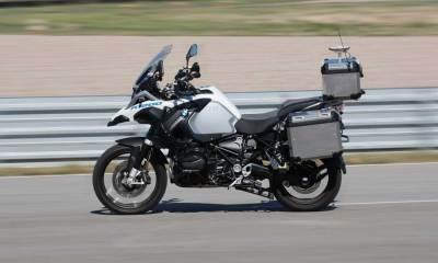 BMW driverless bike