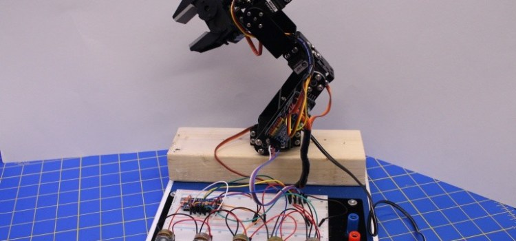 Robot arm with controller
