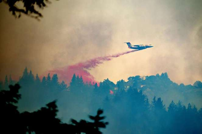 Firefighting air operations briefly suspended after drone sighting 1