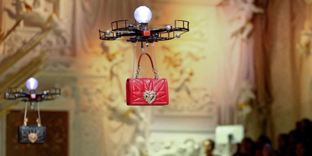 Drones carrying handbags steal the show at Dolce & Gabbana 3