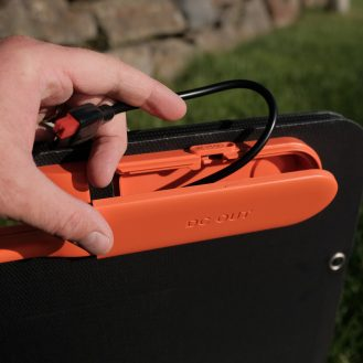 DroneDJ review of the Jackery 240W Battery Charger and Solar Panel 0007