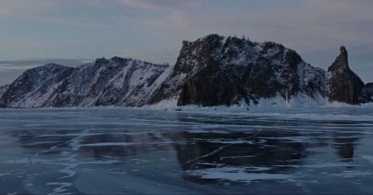 Spectacular Ice Age Lake Baikal filmed by DJI Mini 2 - DroneDJ