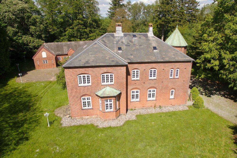 Ejendoms foto fra drone