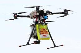 Zum ersten Mal wurrden Surfer mit Hilfe einer Drohne aus Seenot gerettet