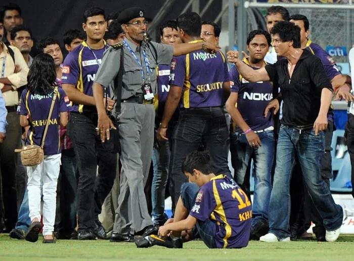 Image result for shahrukh wankhede stadium